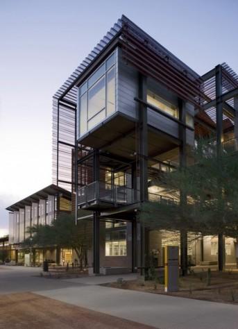 immeuble bâti à partir d'une structure métallique
